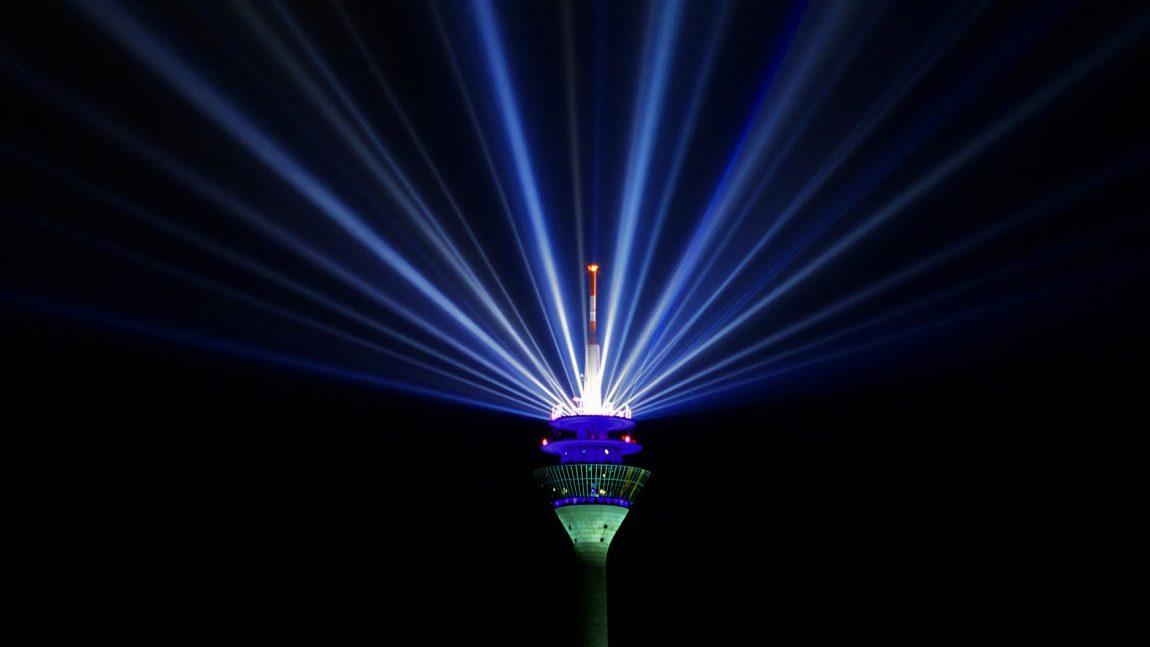 Gelungene Light-Show für wenige Euro